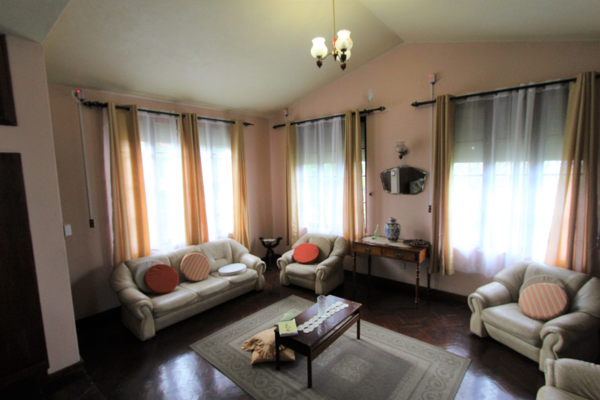 House  For Sale In Sodnac