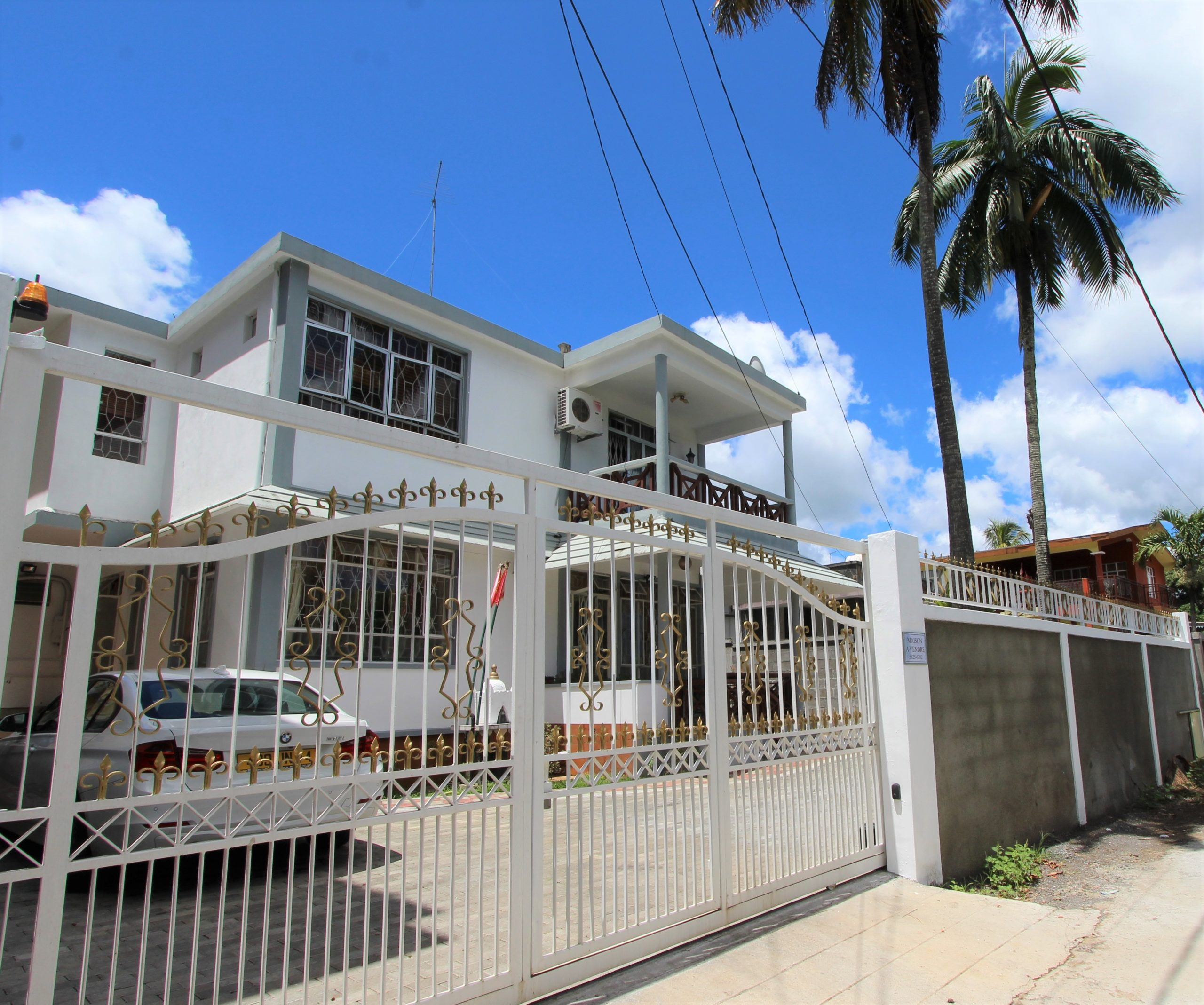 Double storey house in Beau – Bassin