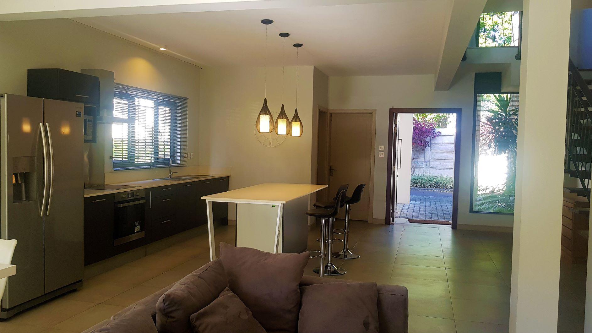 Trianon, 3 bedroom duplex for rent